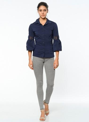 Kol Detaylı Slim Fit Gömlek-Utopian